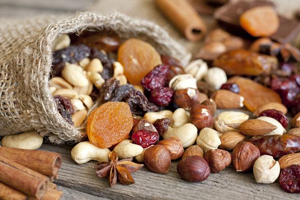 les-fruits-secs-pour-combattre-la-fatigue-size-3 (1)